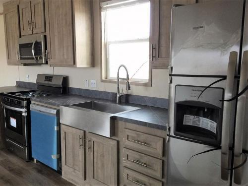 Stainless Kitchen Appliances, Farm Sink with Sprayer Faucet and Garbage Disposal