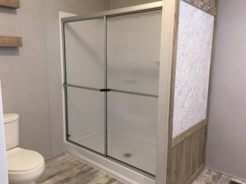 web-CC3011-Master-Bath-Walk-in-Shower